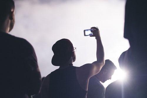 どうやってiPhoneの動画をDVDに無料で保存しますか?